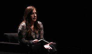 La escritora donostiarra Dolores Redondo, en Baluarte el pasado enero durante su conferencia en la apertura de la Semana Negra literaria de Pamplona.