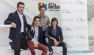 foto de los fundadores de Multihelpers Ramón Sola, Adrián Miranda, Javier Guembe y Alberto Aguado