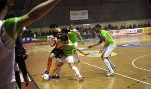 Imágenes del partido entre Aspil Vidal y Palma Futsal, en el que el equipo navarro consumó la tercera derrota.