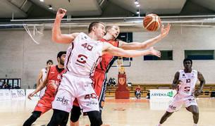 El líder hace desaparecer al Basket Navarra