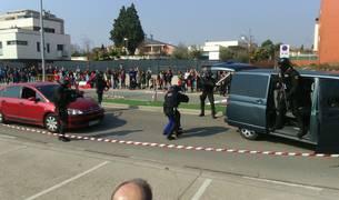 Varios agentes de Policía Foral durante la exhibición realizada este domingo en Tudela.