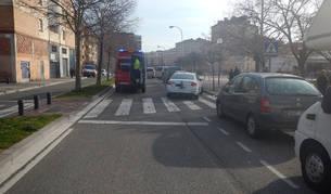 Imagen de una ambulancia donde tuvo lugar el atropello.