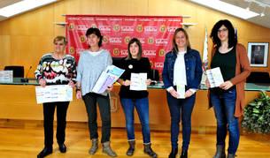 Presentaron la nueva oferta sociocultural, desde la izda., Albina Prieto, Ana Flamarique, Rakel Álvarez, Imelda Mañeru y Rebeca Pérez.