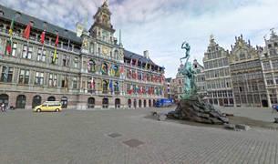 Plaza del Ayuntamiento de Amberes.