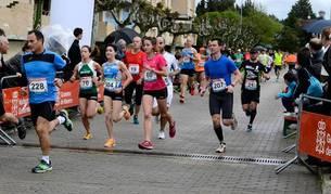 Un grupo de participantes durante la pasada edición de la carrera.