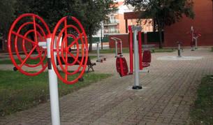 Barañáin disfruta ya de la instalación de dos gimnasios urbanos