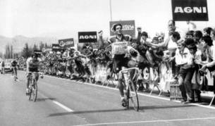 1987 - Induráin llegando a la meta de Irache.