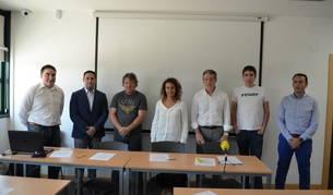 Los miembros de Prevezmna que presentaron ayer su nueva página web.