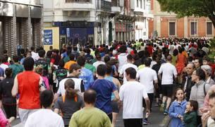 El Paseo de Sarasate volverá a llenarse mañana con miles de corredores. Además, en esta ocasión, habrá hasta cuatro pasos por allí.
