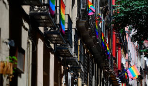 Foto de una calle del barrio de Chueca de Madrid.