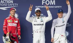 """Hamilton consigue """"bola de partido"""" con su 'pole' en Texas"""