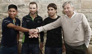 """Unzué destaca la """"suerte"""" de contar con tres líderes, que podrían ir juntos al Tour"""