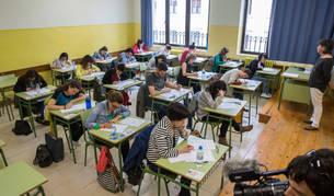 Imagen de pruebas de una OPE de Educación en el Instituto de la Plaza de la Cruz, en 2016.
