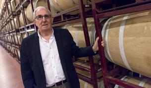 Juan Mari Antoñana, Premio Cámara Comercio a la Trayectoria Empresarial, en las Bodegas Inurrieta, en Falces, que preside.