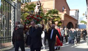 Fermín Romeo, Manuel Terés, José Lorente y Gregorio Martínez sacaron de la basílica las andas.
