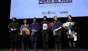 Imagen de los premiados del Festival Punto de Vista. La primera por la derecha, Marina Lameiro.