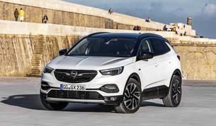 El nuevo SUV de Opel, el tercero de la familia, luce un corte elegante. En su nuevo acabado, Ultimate rebosa tecnología en conectividad y seguridad.
