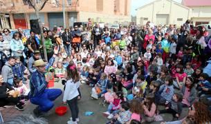 Tudela celebró una nueva edición de la Fiesta del Árbol, con la tradicional plantación de 20 árboles de 3 especies junto a la zona deportiva y cerca del antiguo silo.