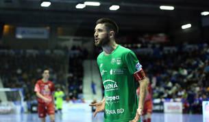 Roberto Martil acaba de renovar por dos temporadas con el club verde