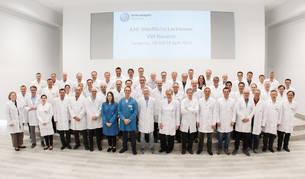 foto de Francisco Rodríguez Funes, junto a responsables de Pintura del Grupo Volkswagen.