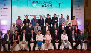 foto de Responsables del Gobierno de Navarra, con representantes de las empresas en el Wind Supply Meeting, en India.