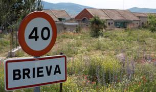 Cartel de Brieva, en Ávila, donde se encuentra la prisión en la que ha ingresado Urdangarin.