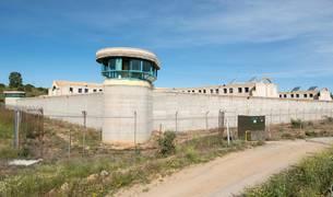 Urdangarin elige una pequeña cárcel de mujeres en la que estuvo preso Roldán
