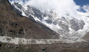 Glaciar Lirung, en el valle de Lantang, en el Himalaya
