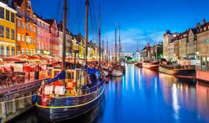 Imagen de un canal de Copenhague.