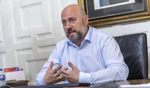 """Arasti cree que los nuevos objetivos de déficit """"benefician a todos navarros"""""""