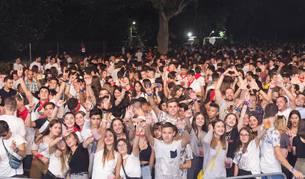 AL SON DE LA FIESTA DJ Cientos de tudelanos disfrutaron este sábado de la Fiesta DJ con la que la ciudad ribera puso el punto y final a una nueva edición de sus Fiestas de la Juventud.