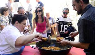 Un momento de la fiesta de las migas celebrada en Ujué el año pasado.