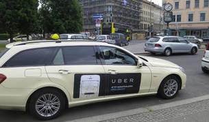 Un vehículo de Uber.