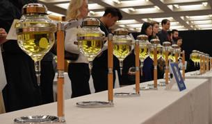 El sake afronta la caída del consumo con nuevos sabores y mirando al exterior