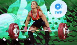La leonesa Lydia Valentín consiguió este jueves la medalla de oro en arrancada y en el total de la categoría de 81 kilos.