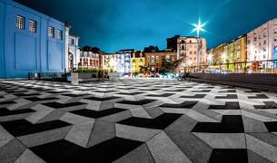 La empresa PVT ha sido galardonada por la recuperación y restauración de una plaza en Santander.