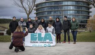 Delegados de ELA en la rueda de prensa de este miércoles.