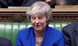 foto de La primera ministra Theresa May, durante la moción de censura a la que se ha visto sometida.