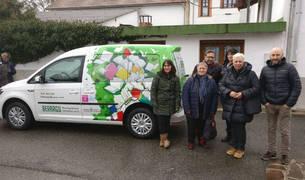 Nuevo vehículo para el préstamo de libros a domicilio de la biblioteca de Espinal