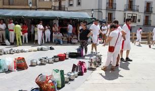 En la pochada de las fiestas de Lerín de este año se repartieron 1.600 raciones del guiso, elaborado con 400 kg. de alubias.