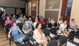 Imagen del público que asistió al debate sobre movilidad organizado por Diario de Navarra.