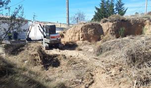 Durante el mes de octubre, la brigada medioambiental de Lodosa ha limpiado los barrancos.