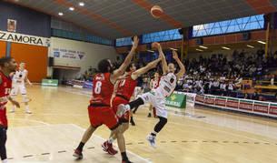 El Basket Navarra, atascado a domicilio