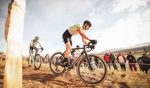 Igor Arrieta, en acción, ayer durante el el ciclocross de Igorre.