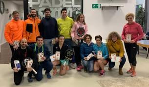Foto de grupo de los ganadores del Trofeo Sabrás Clínica Dental.