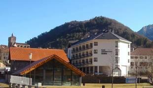 Hotel Isaba fachada