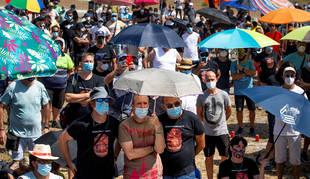 Foto de la asamblea de trabajadores de Nissan convocada por el comité de empresa en la planta de Montcada i Reixac el 1 de agosto de 2020.
