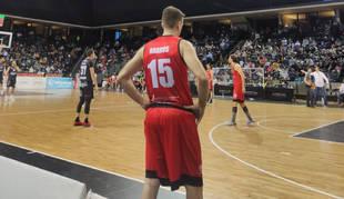 Basket Navarra cae en su estreno en la fase de ascenso a LEB Oro