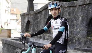Mikel Nieve, único participante navarro en el Giro 2021