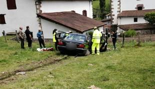 Un herido tras salirse de la carretera e invadir un prado en Urdax